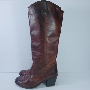 Frie Boots womens Sz 7 Brown Leather